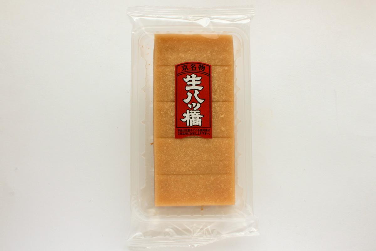 京栄堂 生八ッ橋(ニッキ)は繊細な薄い生八ッ橋
