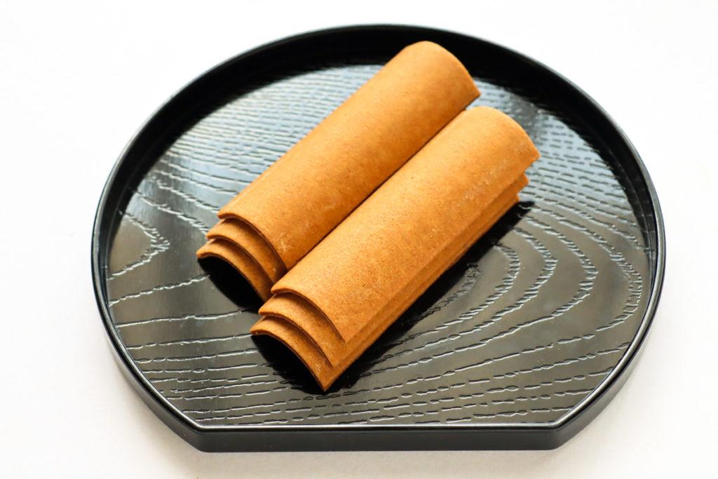八ッ橋(黒糖)の中身